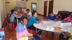 สมาชิกให้ความสนใจการเรียนการสอน